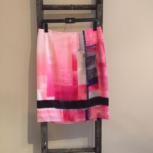 White House Black Market Pink/Black Skirt - Size 6